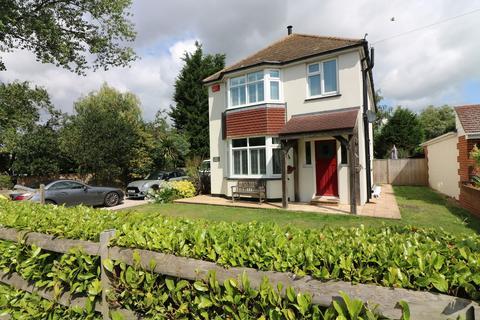 4 bedroom detached house to rent - Sandown Road, Sandwich, Kent