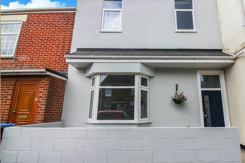 4 bedroom terraced house for sale - Adelaide Road, Southampton