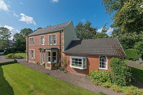 4 bedroom detached house for sale - Hayfield House, Whaggs Lane, Whickham