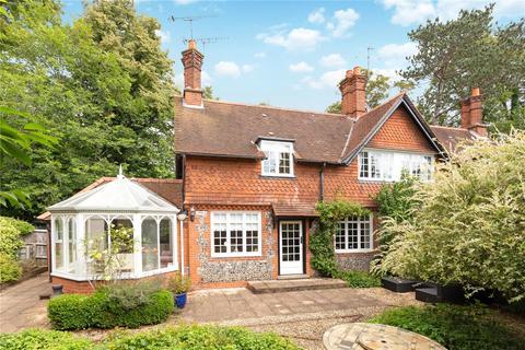 4 bedroom semi-detached house for sale - Wittington Green, Henley Road, Marlow, Buckinghamshrie, SL7