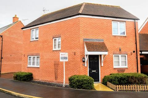 3 bedroom detached house for sale - Cardinal Drive, Aylesbury
