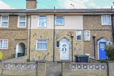 3 bedroom terraced house for sale - Henningham Road N17