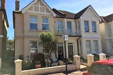 Studio to rent - Carlisle Road, Hove