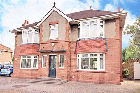5 bedroom detached house for sale - York Avenue, Jarrow, Tyne And Wear