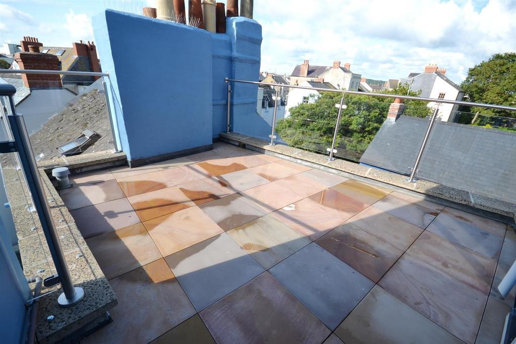 Roof Terrace.jpg