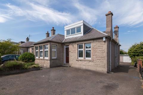 4 bedroom house to rent - DURHAM AVENUE, EDINBURGH,  EH15 1PA