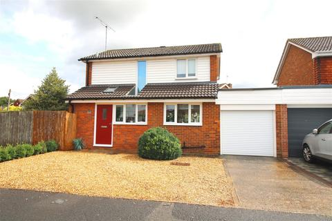 3 bedroom detached house for sale - Waterside Drive, Purley-on-Thames