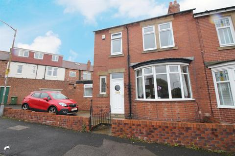 3 bedroom terraced house for sale - Joicey Road, Gateshead
