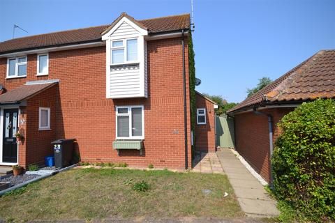 2 bedroom end of terrace house to rent - Tattersalls Chase, Southminster