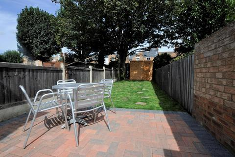 2 bedroom terraced house for sale - Marconi Road, Chelmsford, CM1