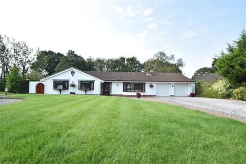 4 bedroom detached bungalow for sale - Pipers Close, Heswall, Wirral