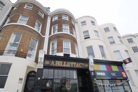 Studio to rent - St Georges Place, East Sussex