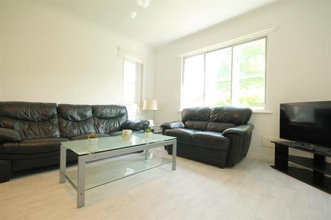 3 bedroom apartment for sale - Sloane Court, Jesmond, Newcastle Upon Tyne