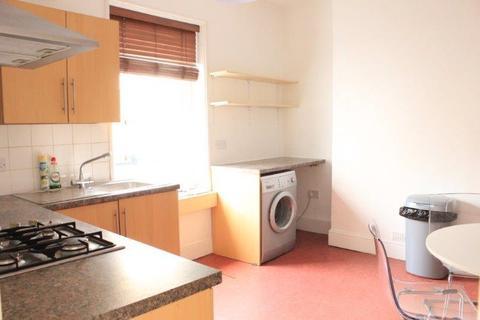 2 bedroom property to rent - London Road, BRIGHTON BN1