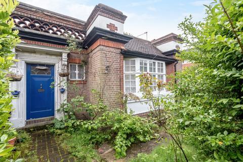 3 bedroom maisonette for sale - Hillside Road Brixton SW2
