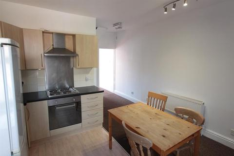 3 bedroom flat to rent - Ecclesall Road, Sheffield, S11 8PX