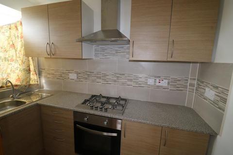 2 bedroom maisonette to rent - Soham Road, Enfield, EN3
