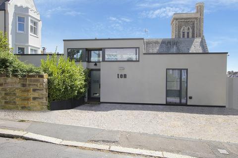 2 bedroom detached house for sale - 10 Villa Road , St. Leonards-on-sea, East Sussex. TN37 6EJ