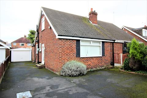 2 bedroom bungalow to rent -  Ravens Close,  Blackpool, FY3