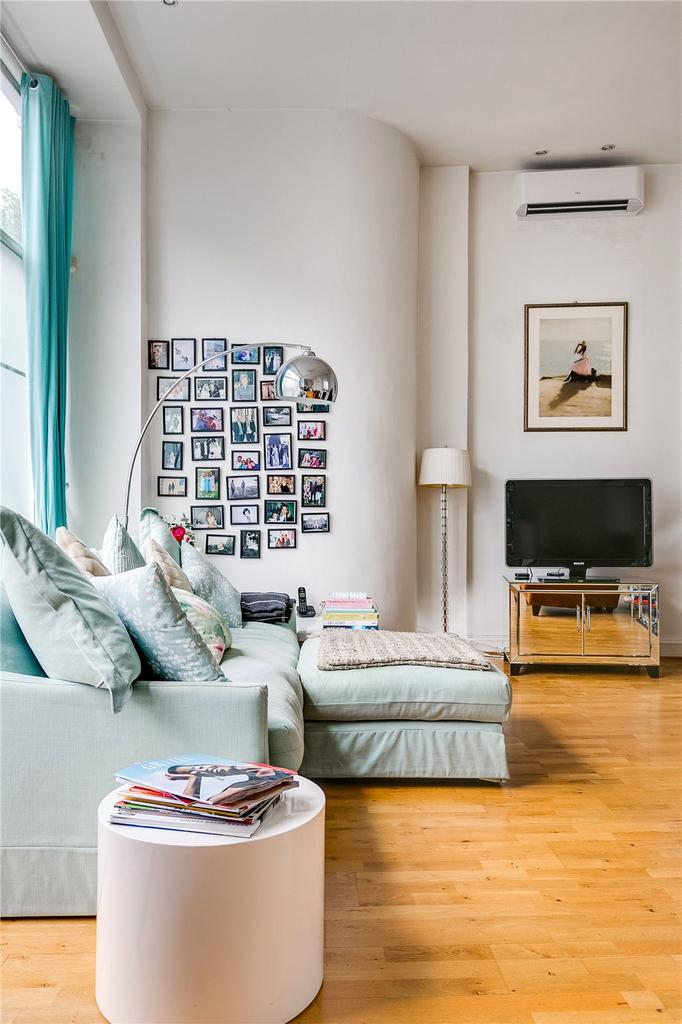 10 Kitchen And Home Decor Items Every 20 Something Needs: Cambridge Street, London 2 Bed Flat For Sale
