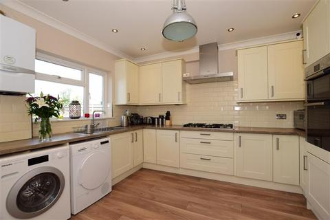 3 bedroom semi-detached house for sale - Ling Road, Erith, Kent
