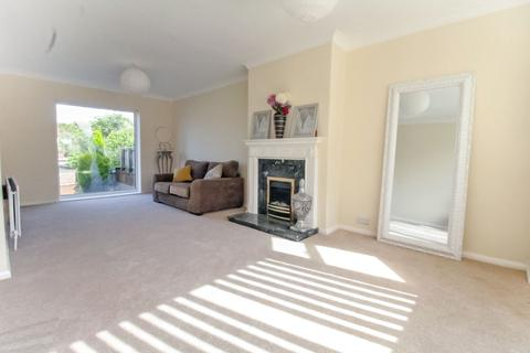 3 bedroom semi-detached house for sale - Moor Crescent, Gilesgate, Durham, Durham, DH1 1PB