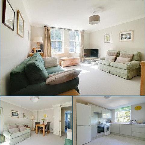 1 bedroom flat for sale - Helena Place, Hackney, E9