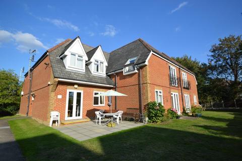 2 bedroom retirement property for sale - Watermans, Junction Road, Romford, RM1
