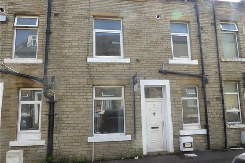 2 bedroom terraced house to rent - Saxon Street, Halifax, HX1