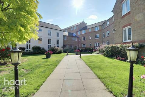 1 bedroom flat for sale - Waterside Court, Eynesbury