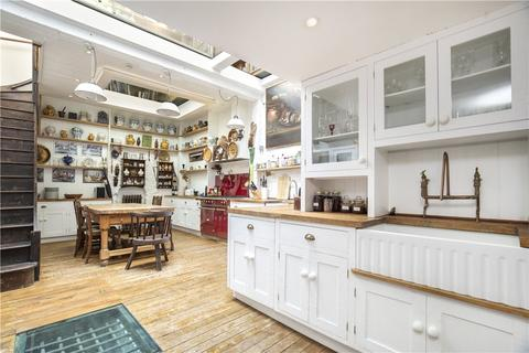 4 bedroom house for sale - D'arblay Street, London, W1F