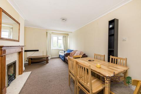 2 bedroom flat to rent - Shoot Up Hill, Kilburn NW2