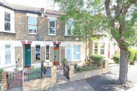 3 bedroom flat for sale - St Annes Road, Leytonstone