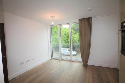 2 bedroom apartment to rent - Knoll Rise, Orpington, BR6