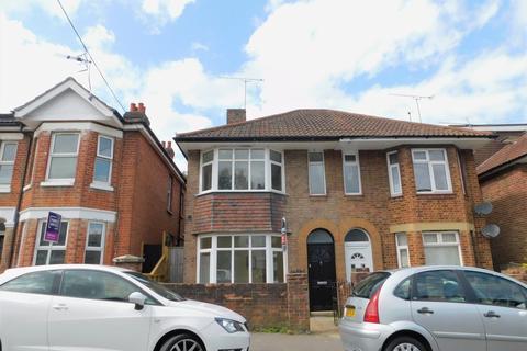 1 bedroom house share to rent - Burlington Road, Southampton