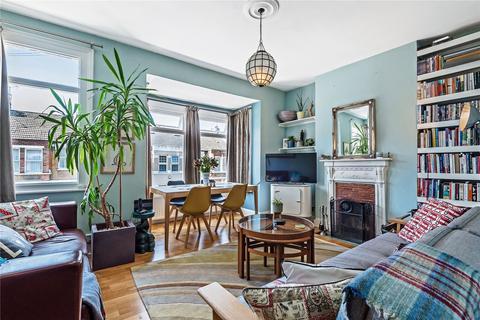 2 bedroom flat for sale - Frinton Road, London, N15