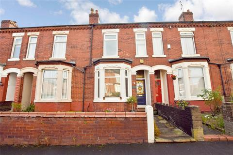 3 bedroom terraced house for sale - Meadows Road, Sale, Cheshire, M33
