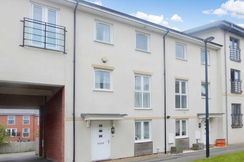 4 bedroom terraced house to rent - Pasteur Drive, Old Town, Swindon, Swindon, Wiltshire, SN1