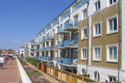3 bedroom apartment to rent - Merton Court, Brighton Marina Village