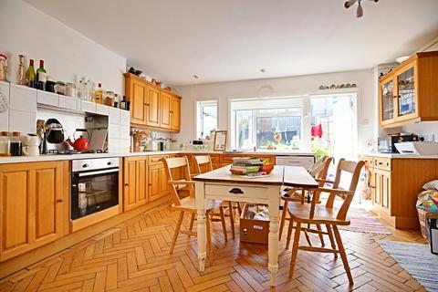 2 bedroom terraced house to rent - Park Crescent, Rottingdean