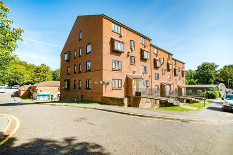 1 bedroom apartment for sale - Claire House, Lesley Place, Buckland Hill, Maidstone, ME16