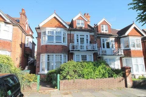 3 bedroom apartment to rent - Wilbury villas, Hove, BN3 6GB