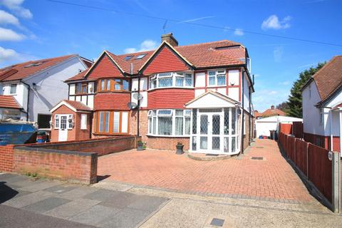 4 bedroom semi-detached house for sale - The Crossways, Heston, TW5