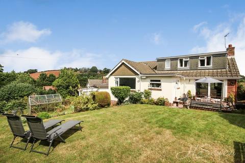 4 bedroom detached bungalow for sale - Berkeley Avenue, Torquay