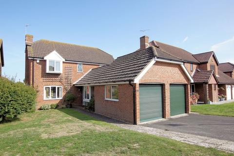 4 bedroom detached house for sale - Atkinson Close, Alverstoke, PO12