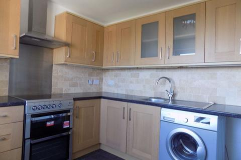 2 bedroom flat to rent - West Cross