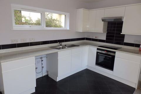 1 bedroom flat to rent - Harts Close, Teignmouth, TQ14 9HG