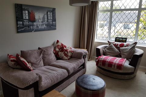 3 bedroom semi-detached house to rent - Crofton Rise, Shadwell, Leeds