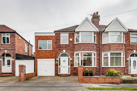 3 bedroom semi-detached house for sale - Torbay Road, Urmston, Manchester, M41