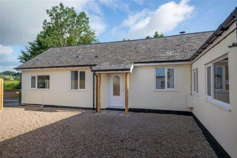 2 bedroom detached bungalow for sale - Morton, Oswestry